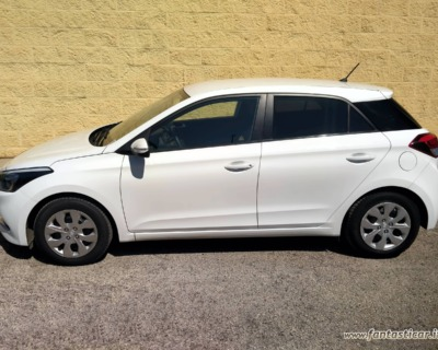 HYUNDAI i20 1'1 CRDI GASOLIO - 09 2015 www.FANTASTICAR.it BY GVD 2