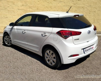 HYUNDAI i20 1'1 CRDI GASOLIO - 09 2015 www.FANTASTICAR.it BY GVD 3