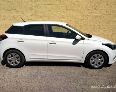 HYUNDAI i20 1'1 CRDI GASOLIO - 09 2015 www.FANTASTICAR.it BY GVD 6