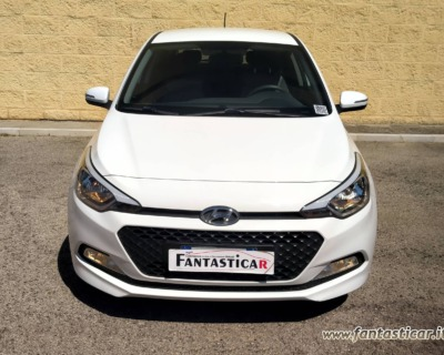HYUNDAI i20 1'1 CRDI GASOLIO - 09 2015 www.FANTASTICAR.it BY GVD 8