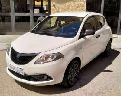 LANCIA Ypsilon 3 SERIE 1'2 BENZINA S&S - 2019 www.FANTASTICAR.it BY GVD 9