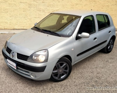 RENAULT CLIO 1'2 BENZINA - 2003 www.FANTASTICAR.it BY GVD 1