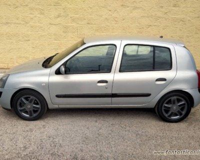 RENAULT CLIO 1'2 BENZINA - 2003 www.FANTASTICAR.it BY GVD 2